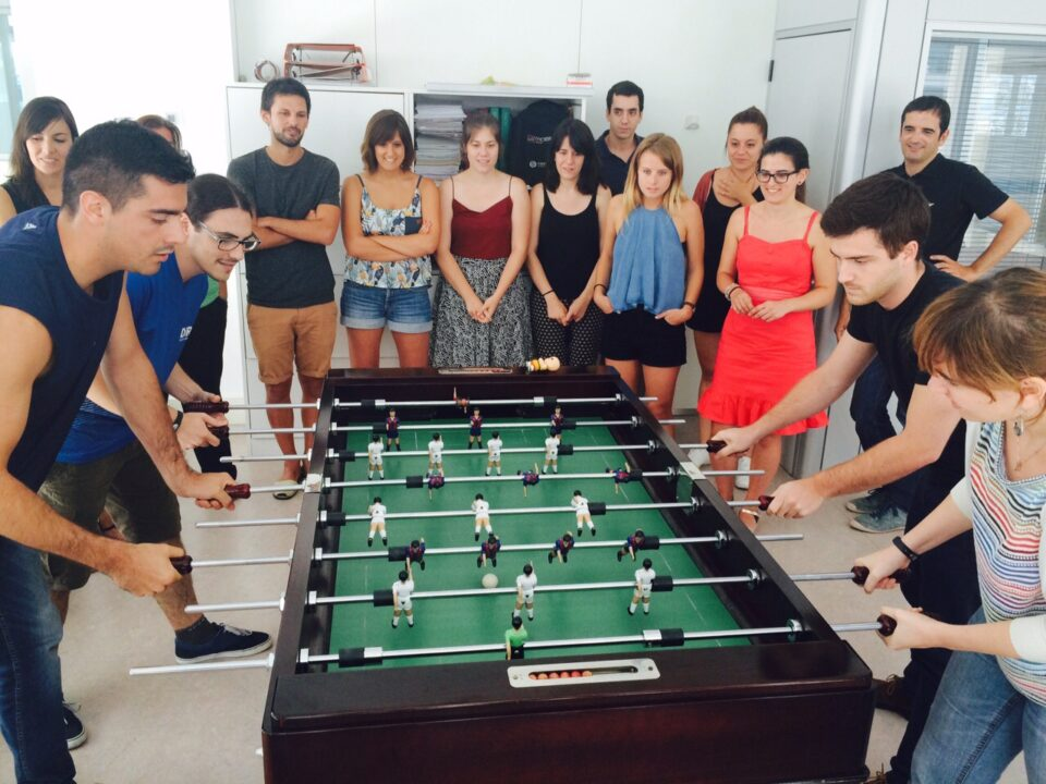 Table football game: The double impact of leisure on the company