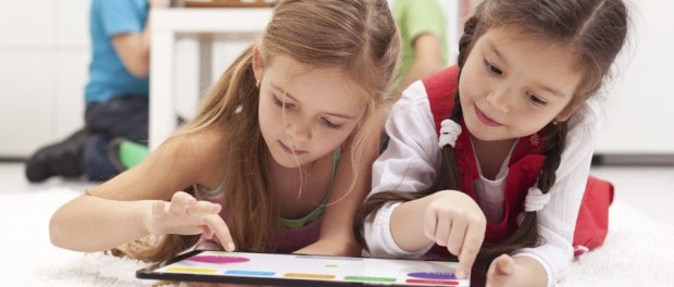 Applications and games in English to learn the language from children